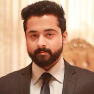 Savvy Specialist Amir Muneeb