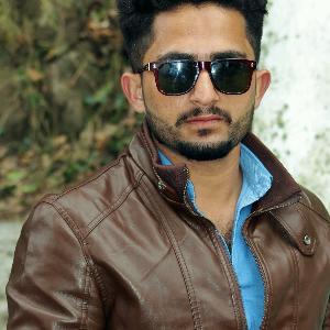 Savvy Specialist Rohail Shaheen